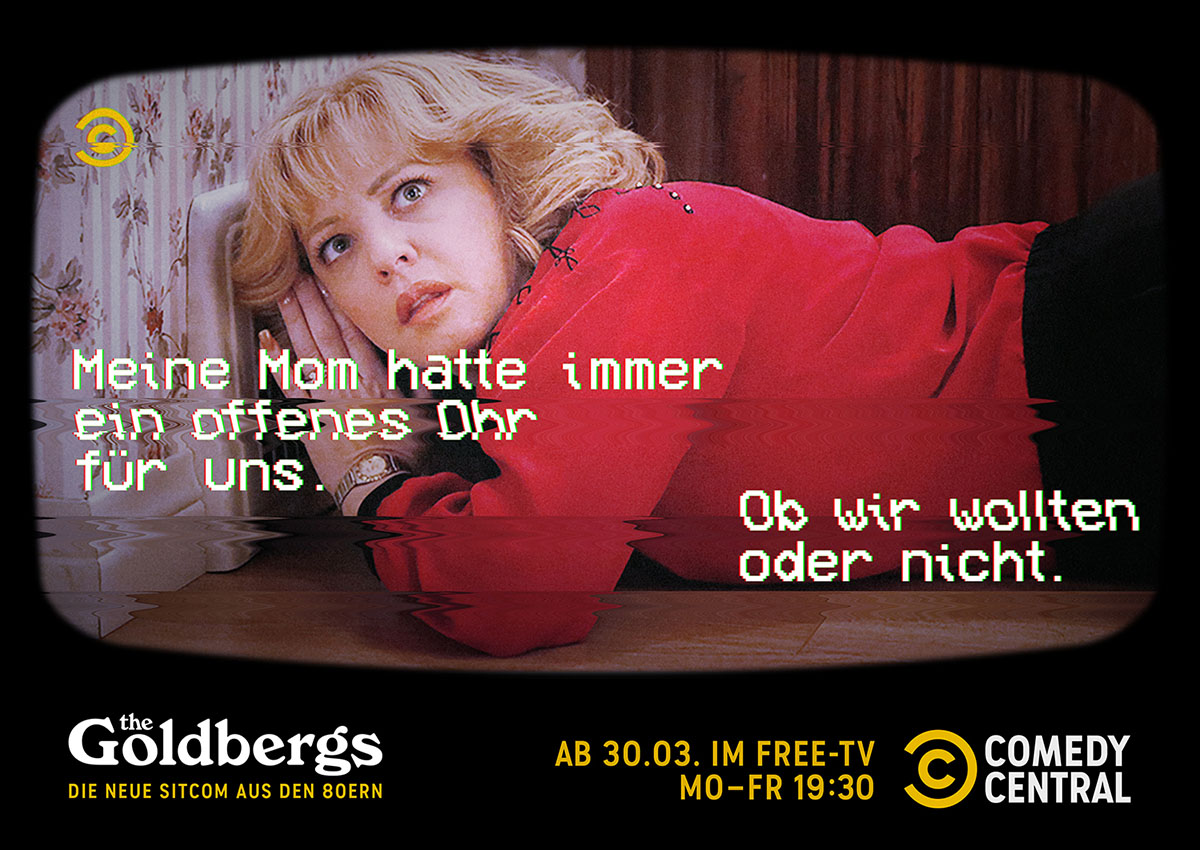N_200207_CC_Goldbergs_TuneIn_Campaign_FamilyRecorded_MasterLayout_Beverly_quer